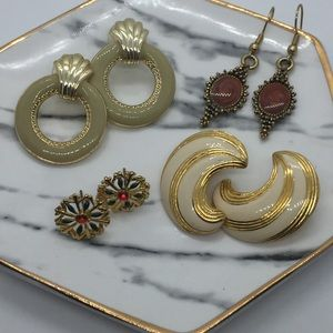 4 Pair 80's-90's Pierced Earrings  ER15